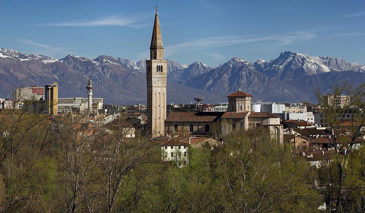 Pordenone_Friaul-Julisch-Venetien_Italien.de_-1200x700